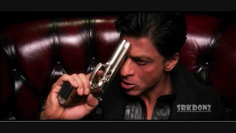 Aa Raha Hoon Palat Ke Lyrics - Shahrukh Khan