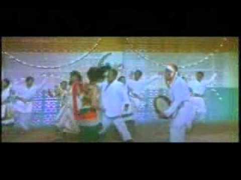Aaj Pandrah August Hai Lyrics - Lata Mangeshkar, Mahendra Kapoor