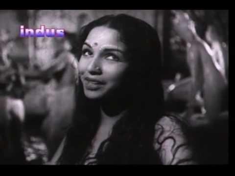 Aayi Barkha Bahaar Pade Lyrics - Lata Mangeshkar, Pramodini Desai
