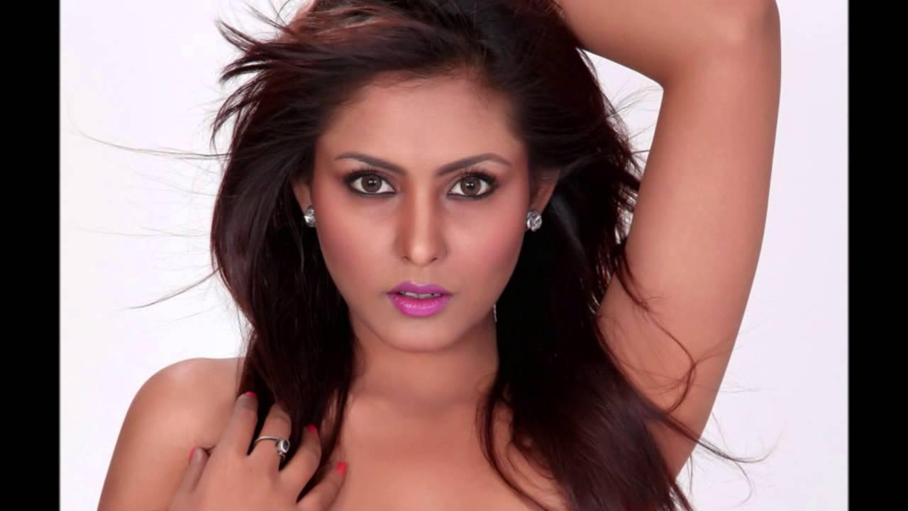 Ab To Apna Hotel Hi Sasural Lyrics - Amit Kumar, Penaz Masani, Shailendra Singh, Usha Mangeshkar