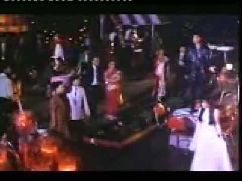 Aye Dosto Gori Kawari Si Haseena Ke Lyrics - Udit Narayan