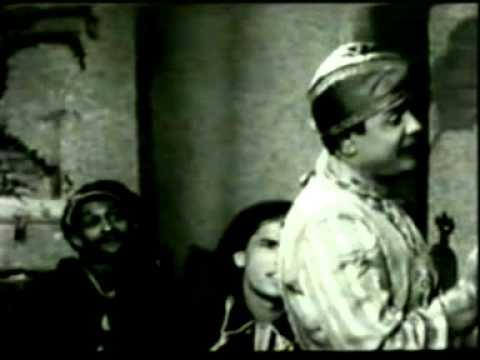 Bade Shokh Hote Hai Husnwale Lyrics - Yusuf Azad
