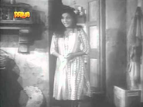 Bibi Mendhki Ri Lyrics - Lata Mangeshkar