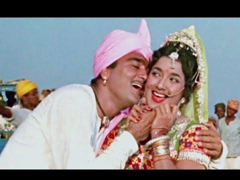 Bol Gori Bol Tera Lyrics - Lata Mangeshkar, Mukesh Chand Mathur (Mukesh)