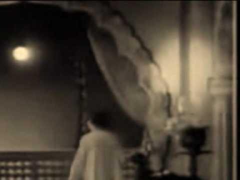 Chanda Re Mori Patiyan Leja Lyrics - Lata Mangeshkar, Mukesh Chand Mathur (Mukesh)