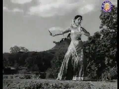 Chori Chori Jo Tumse Mili Lyrics - Lata Mangeshkar, Mukesh Chand Mathur (Mukesh)
