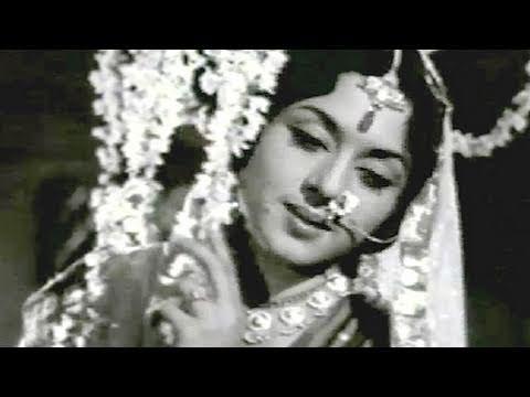 Dekhiye Yun Na Sharmaiyega Lyrics - Mukesh Chand Mathur (Mukesh), Usha Khanna