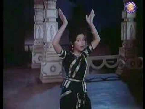 Dekho Kaanha Nahee Lyrics - K. J. Yesudas (Kattassery Joseph Yesudas), Raj kamal, Sulakshana Pandit (Sulakshana Pratap Narain Pandit)