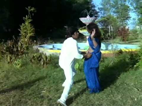Dhak Dhak Dhak Lyrics - Asha Bhosle, Mohammed Aziz