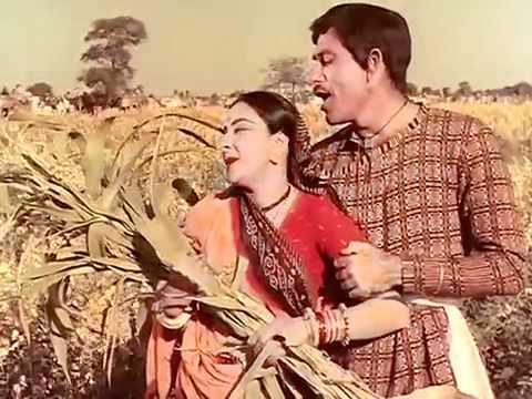 Duhkh Bhare Din Bite Re Bhaiya Lyrics - Asha Bhosle, Mohammed Rafi, Prabodh Chandra Dey (Manna Dey), Shamshad Begum