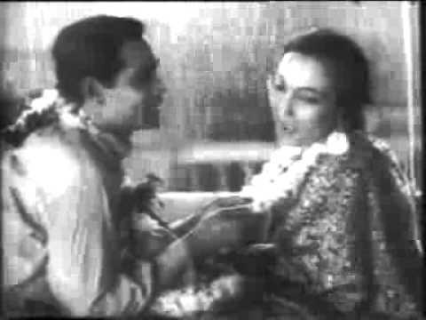 Haan Qaidi Lyrics - Renuka Devi