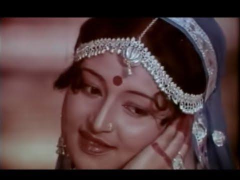 Holi Me Kaun Kunwari Lyrics - Aarti Mukherji, Gautam Chattopadhyay, Usha Mangeshkar