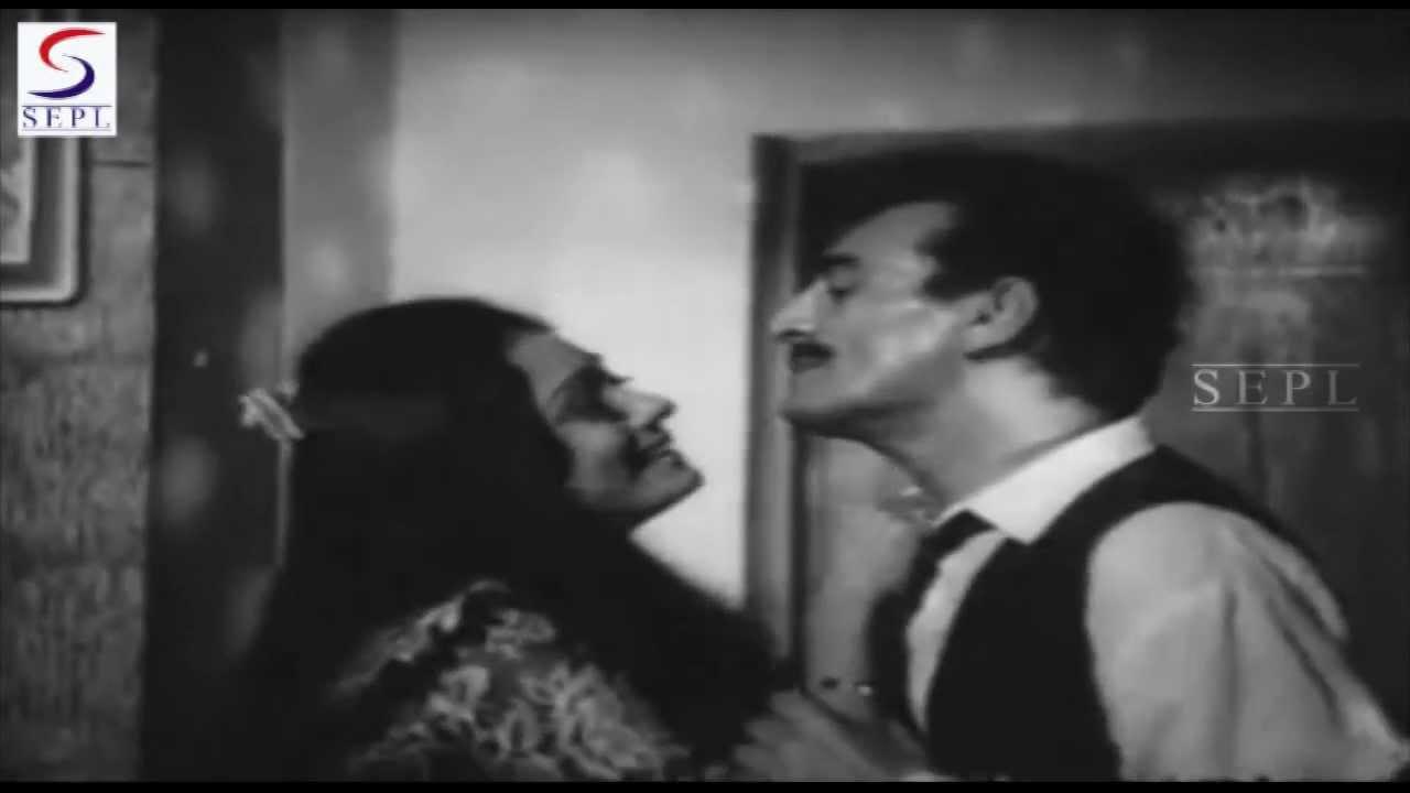 Hosh Mein Tum Bhi Lyrics - Asha Bhosle
