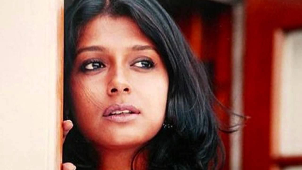 Hunkara Jage Lyrics - Lata Mangeshkar