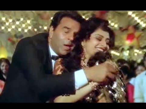 Jhoom Raha Hai Lyrics - Alka Yagnik, Shabbir Ahmed
