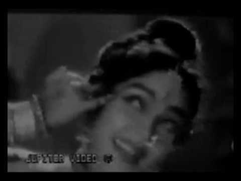 Kabhi Aaj Kabhi Lyrics - Lata Mangeshkar, Suman Kalyanpur
