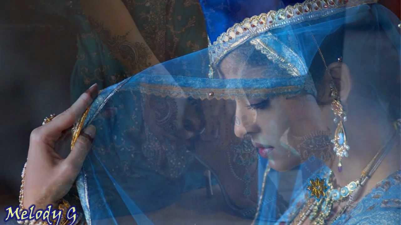 Kisi Ke Wade Pe Kyu Lyrics - Asha Bhosle