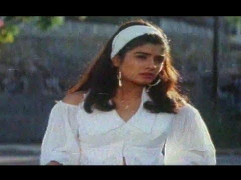 Ladki Badi Hai Kamaal Ki Lyrics - Alka Yagnik, Kumar Sanu