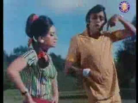 Maaf Karo Maaf Karo Lyrics - Asha Bhosle, Kishore Kumar, Mehmood Ali, Usha Mangeshkar