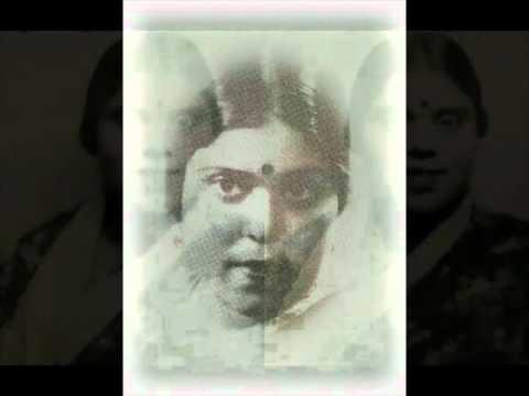 Main Harijan Ki Chhori Lyrics - Rajkumari Dubey