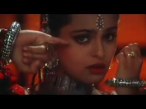 Main Ho Gayi Athara Saal Ki Lyrics - Bela Sulakhe, Ila Arun