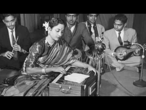 Main Jhoom Jhoom Kar Gaati Hoon Lyrics - Geeta Ghosh Roy Chowdhuri (Geeta Dutt)