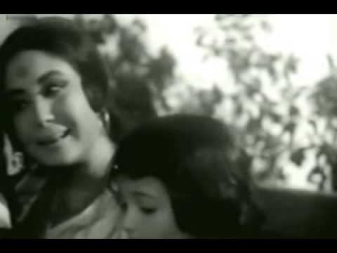 Main Laal Laal Gujkoon Lyrics - Kamal Barot, Lata Mangeshkar, Nilima Chatterjee