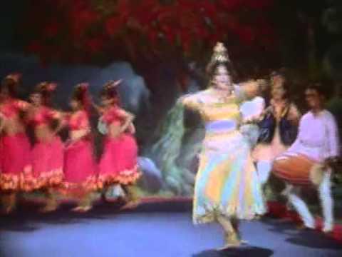 Main Patne Ki Hu Naar Lyrics - Lata Mangeshkar, Manhar Udhas