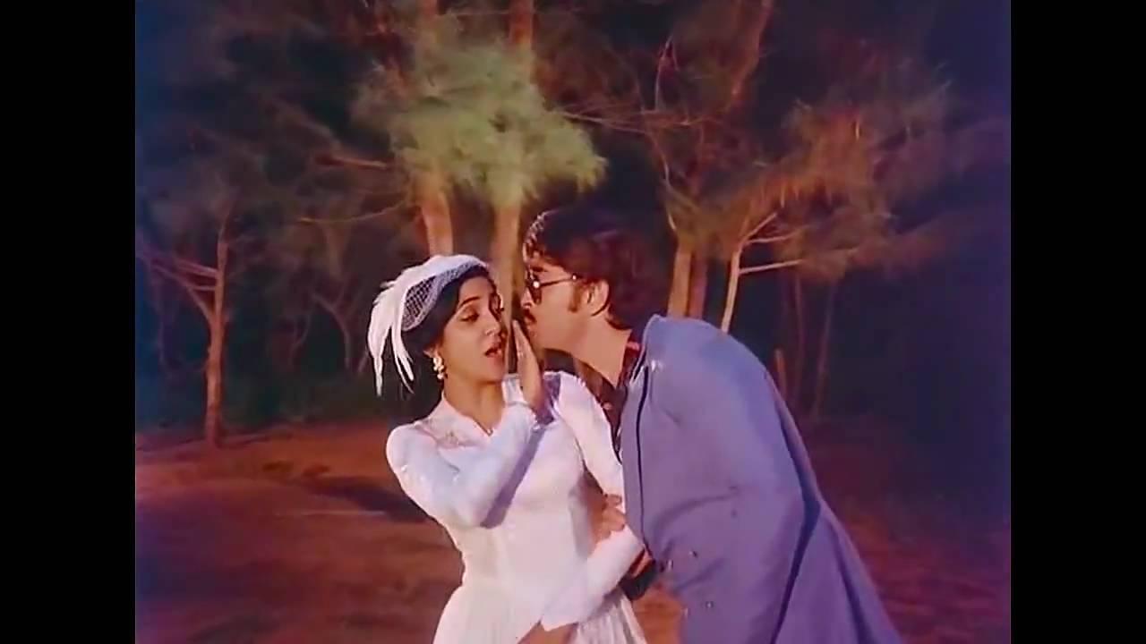 Main Tera Husband Lyrics - Kishore Kumar, Lata Mangeshkar