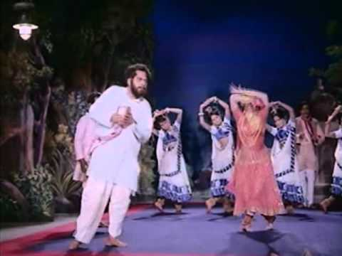 Mere Dil Ki Jali Hai Aaj Holi Lyrics - Lata Mangeshkar, Prabodh Chandra Dey (Manna Dey)