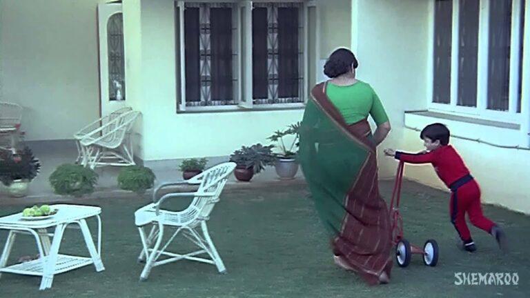 Meri Achhi Achhi Maa Lyrics - Anand Bakshi