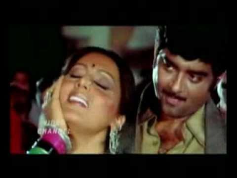 Meri Dooron Se Aayi Baraat Lyrics - Lata Mangeshkar