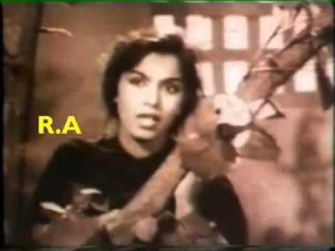 Na Kisi Ka Ankh Ka Lyrics - Sabita Banerjee