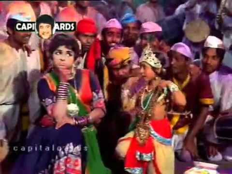 Nandlala Holi Khele Lyrics - Asha Bhosle, Mohammed Rafi, Mukesh Chand Mathur (Mukesh)