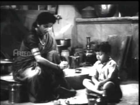 Natkhat Hatiley Gopal Lyrics - Lata Mangeshkar
