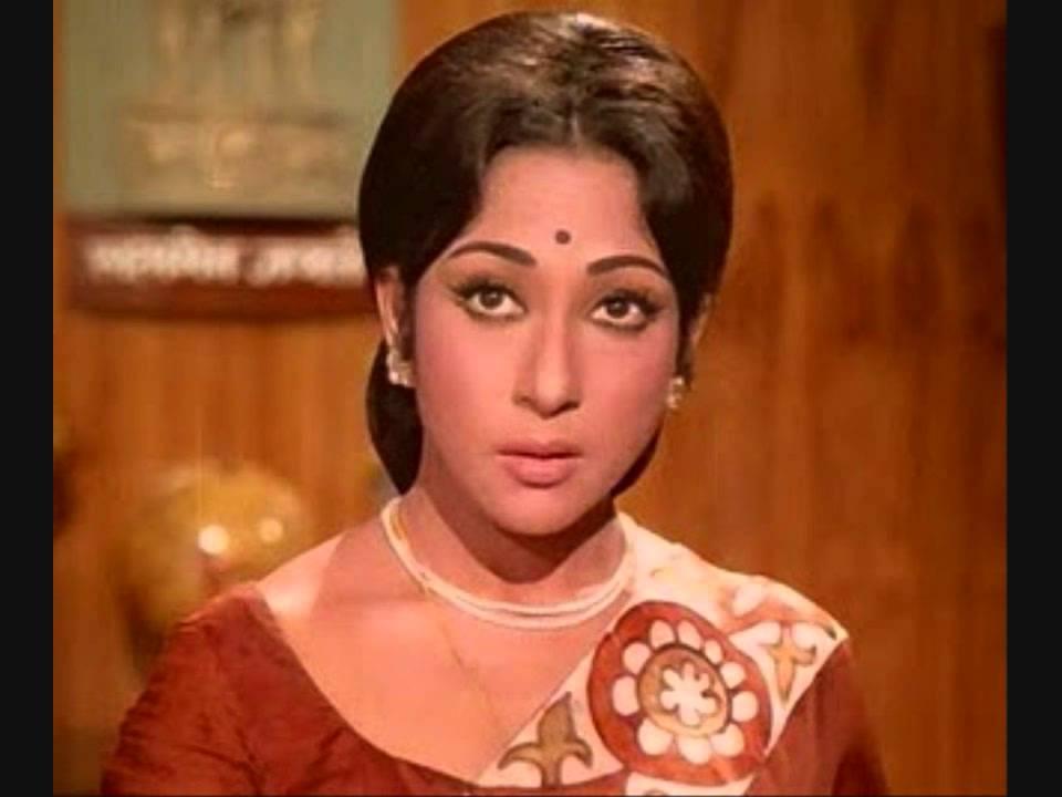 Naya Naya Fashion Lyrics - Asha Bhosle