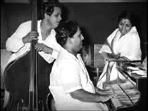 Nazar Kahe Aaja Jigar Mein Sama Ja Lyrics - Lata Mangeshkar