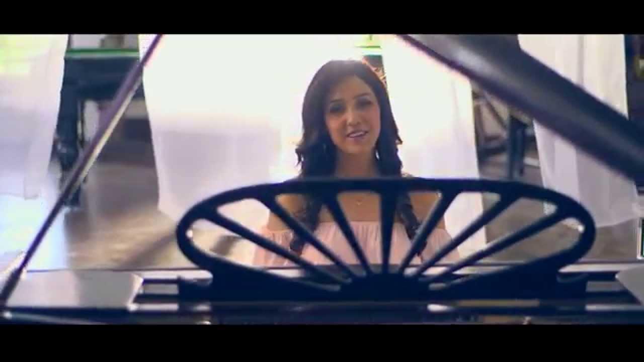 Papa Hain Na (Title) Lyrics - Neeti Mohan