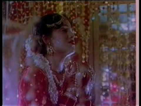 Parwar Digara Lyrics - Anuradha Paudwal