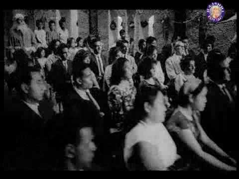 Phool Muskuraaye Lyrics - Lata Mangeshkar