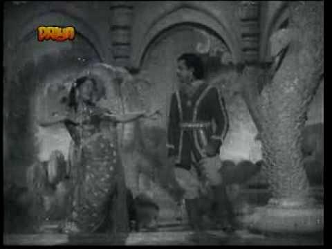Phoolo Ke Mele Hum Hai Akele Lyrics - Asha Bhosle