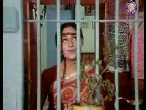 Piya Ka Ghar Hai Ye Lyrics - Lata Mangeshkar