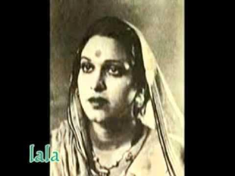 Raat Ki Malka Ban Thhan Ke Lyrics - Amirbai Karnataki