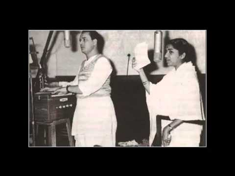 Rakha Hua Nishaane Pe Lyrics - Lata Mangeshkar, Mukesh Chand Mathur (Mukesh)
