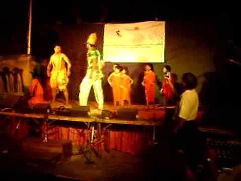 Ramleela Lyrics - Amitabh Bachchan, Nandita Das