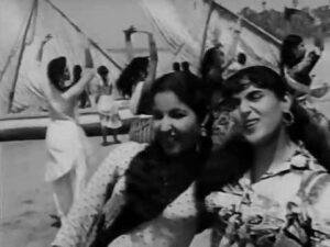 Saagar Pe Aaj Maujon Ka Raaj Lyrics - Lata Mangeshkar