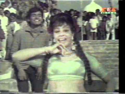 Saiyyan Bele Ka Phool Mein Lyrics - Asha Bhosle