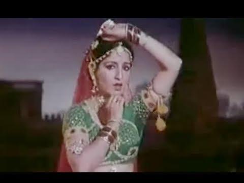 Sari Dal Dai Mope Rang Lyrics - Purushottam Das Jalota, Sulakshana Pandit (Sulakshana Pratap Narain Pandit)