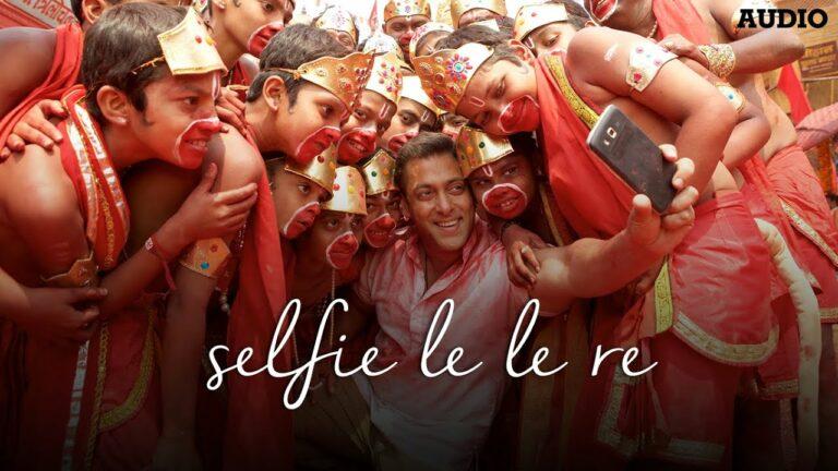Selfie Le Le Re Lyrics - Aditya Pushkarna, Badshah, Nakash Aziz, Pritam Chakraborty, Vishal Dadlani