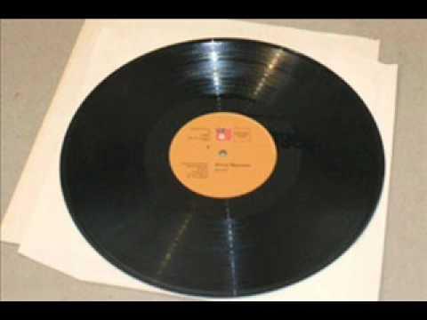 Sonewale Jaag Zara Lyrics - Prabodh Chandra Dey (Manna Dey), Sulochana Kadam